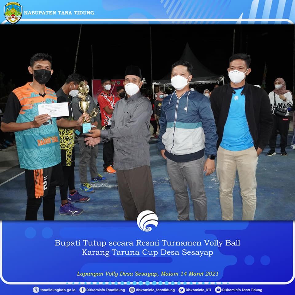 Bupati Tana Tidung Tutup secara Resmi Turnamen Volly Ball Karang Taruna Cup Desa Sesayap