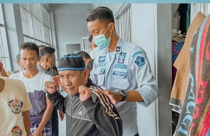 RAZIA : Petugas Lapas Tarakan Sita Barang Terlarang Dari Warga Binaan
