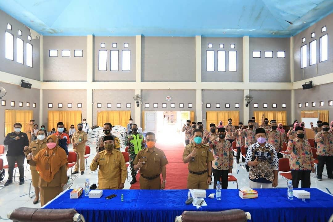 Walikota Lantik 22 Orang RT dan RW Kelurahan Lingkas Ujung Masa Bhakti 2021-2026