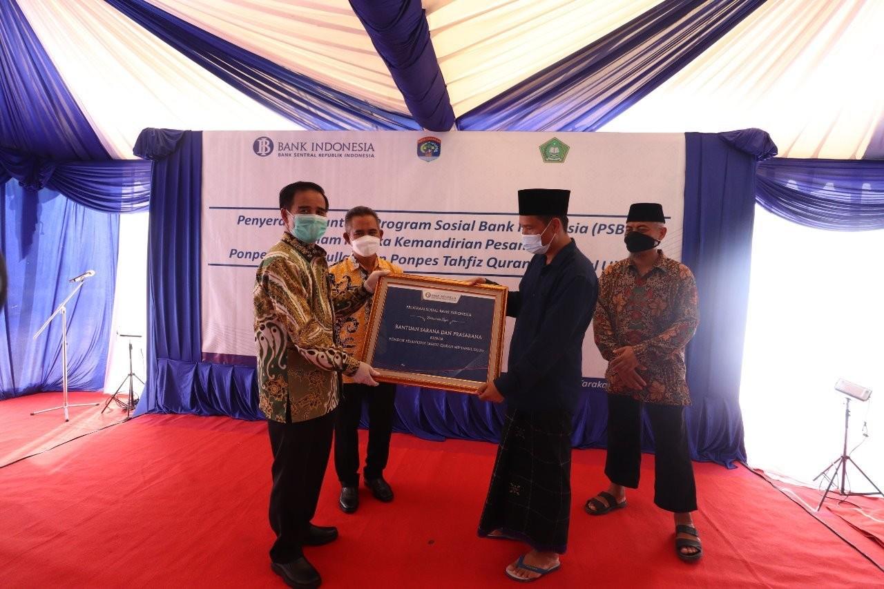 Dorong Perekonomian Syariah di Kota Tarakan, KPwBI Kaltara Berikan Bantuan Sarana Prasarana