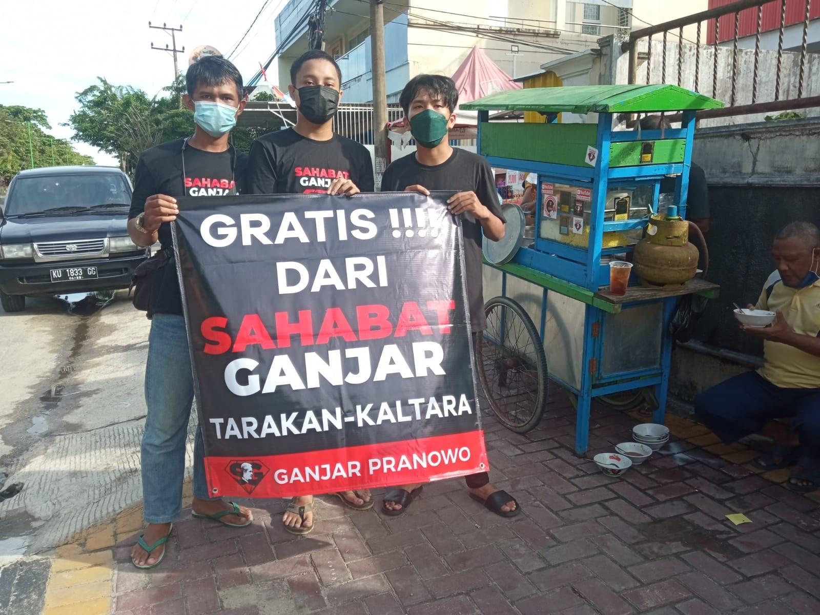 Dukung Program UMKM, Relawan Sahabat Ganjar Tarakan, Borong Bakso Pedagang Pinggir Jalan Mulawarman